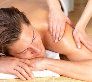 Masajul, intre relaxare, tratament si erotism